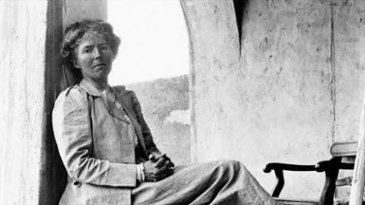 https://ikizkare.com/Gertrude Bell Çöl Kraliçesi veya el-Hatun