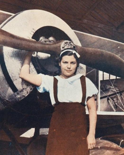 https://ikizkare.com/Eribe Hürkuş - Havacılık tarihinin ilk kadın şehidi
