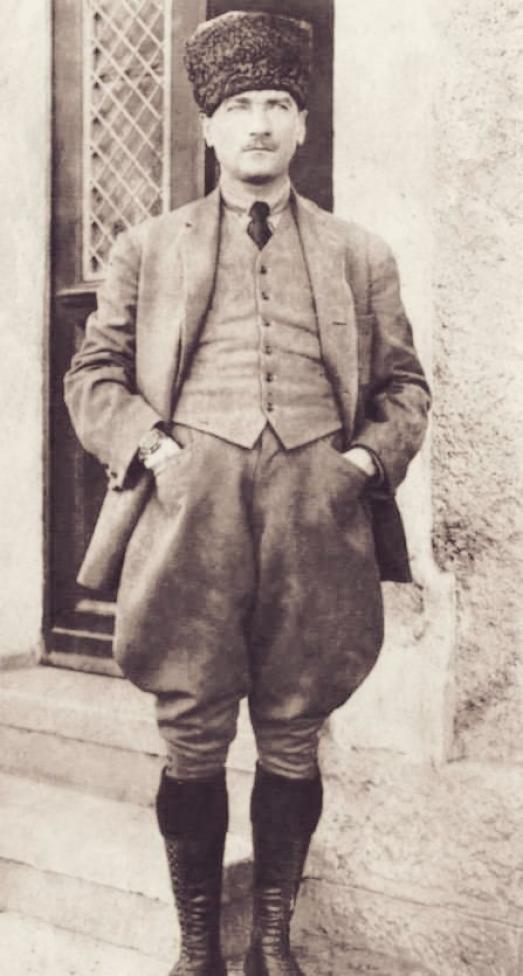 https://ikizkare.com/Mustafa Kemal Atatürk ve Türk Birliği