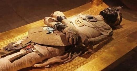 https://ikizkare.com/Mısır'daki Mumya